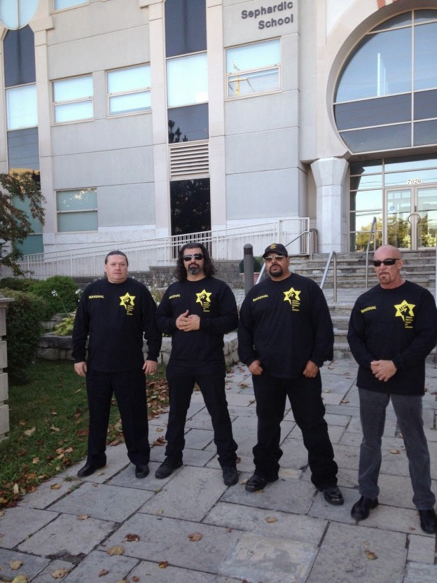 JDL-patrol-at-Sephardic-Kehila-Centre-Sept.-24-2014-624x832